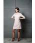 Sukienka Motive & More Sukienka Lily Rose Pudrowy Róż