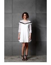 Sukienka Sukienka Bella z Falbaną Ecru - motiveandmore.pl Motive & More