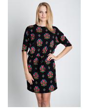 sukienka Bialcon - Sukienka w oryginalne wzory wiązana w talii