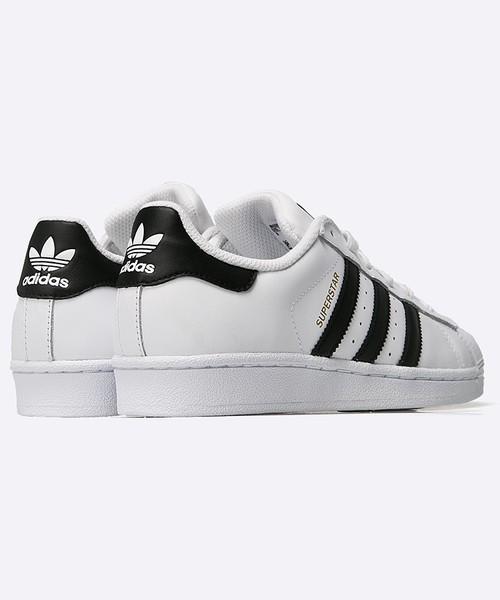6e89f8a4439ce Sportowe buty dziecięce Adidas Originals adidas Originals - Buty dziecięce Superstar  J C77154.