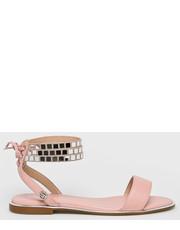 0c30c96882ff3 Różowe sandały kolekcja jesień 2017 - Butyk.pl
